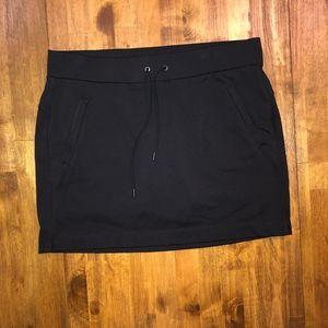 ATHLETA | Black Skort Size Medium with Pockets